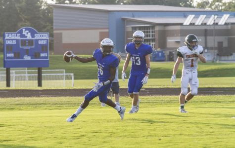 Football Team Wins Behind Tremendous Play from Smith