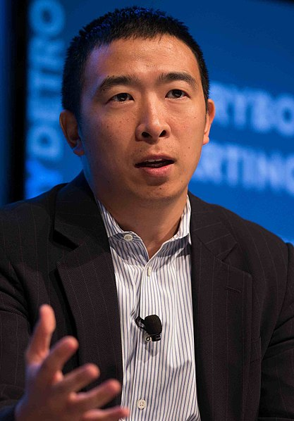 Andrew Yang, an entrepreneur running for President speaks at a conference in 2015.