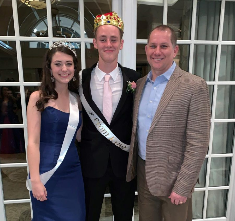 Principal+Mr.+Matthews+poses+with+Prom+King+and+Queen+Samuel+Martin+and+Katherine+Childers.