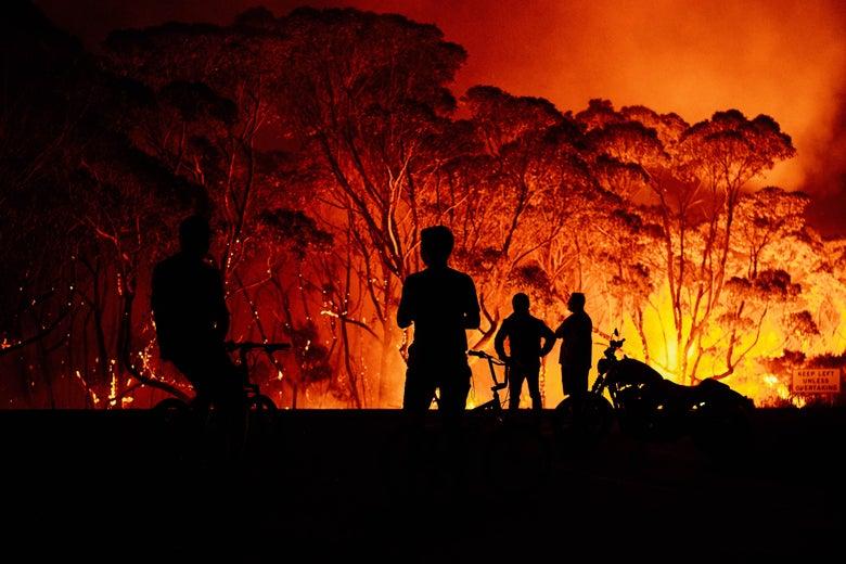 %27Megafire%27+Storms+Through+Australia