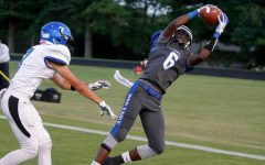 Senior Wide Receiver Commits to Play in College