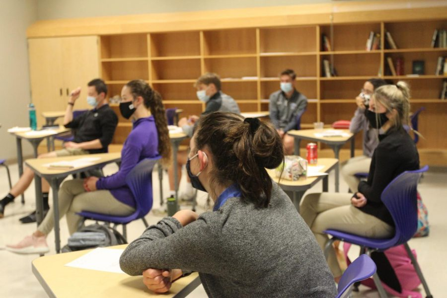 Student+Council+members+gather+in+a+socially+distant+room+to+discuss+plans+for+upcoming+school+events.